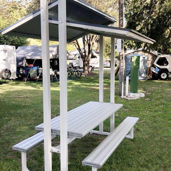 Felton Eco-Trend Sheltered Park Setting at Cowra Van Park