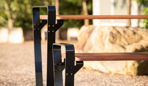 top-outdoor-seating-felton